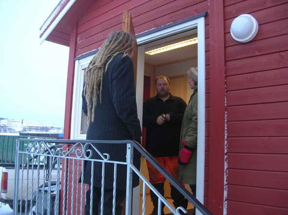 Preparations for 'An Everyday Improvement' in Kirkenes (2006)